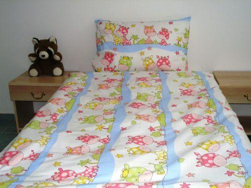 EVENIT - BABY Posteľné obliečky Žirafky 37C - Bavlna - 90x130 cm