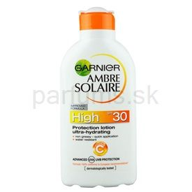 Garnier Ambre Solaire mlieko na opaľovanie SPF 30 (Protection Lotion Ultra-hydrating) 200 ml