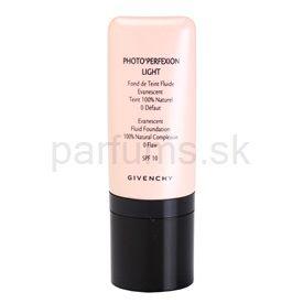 Givenchy Face ľahký korekčný make-up s aplikátorom odtieň 04 Light Beige SPF 10 (Photo'Perfexion Light Evanescent Fluid Foundation 100% Natural Complexion) 30 ml cena od 0,00 €