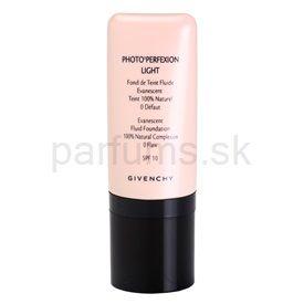 Givenchy Face ľahký korekčný make-up s aplikátorom odtieň 06 Light Gold SPF 10 (Photo'Perfexion Light Evanescent Fluid Foundation 100% Natural Complexion) 30 ml cena od 0,00 €